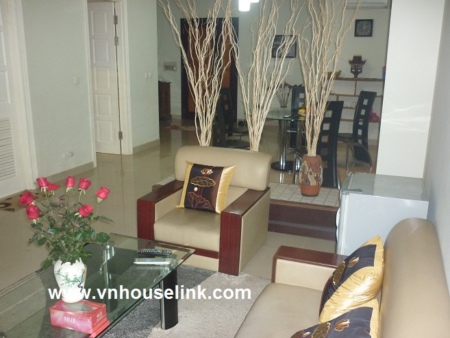 A nice apartment in E1 Tower Ciputra, Hanoi for rent.